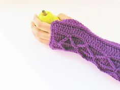 Ravelry: Adeline Fingerless Mitts with Faux Cables pattern by CrochetDreamz