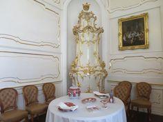 The Royal Palace of Gödöllő - Small dining room with Gödöllő-pattern Herend porcelain set. Sissi, Royal Palace, Small Dining, Castles, Porcelain, Dining Room, Pattern, Small Living Dining, Porcelain Ceramics