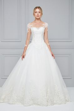 Wedding Dresses Like Your Dream – Oleg Cassini - Hochzeitskleid Dream Wedding Dresses, Designer Wedding Dresses, Bridal Dresses, Wedding Gowns, Bridesmaid Dresses, Princess Wedding, Wedding Bride, Long Sleeve Wedding, Mermaid Dresses