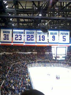 Islanders - these banners better be at Barclay Center. Sunday Tv, New York Islanders, Hockey Mom, Tottenham Hotspur, Long Island, Nhl, Banners, Pride, Retro