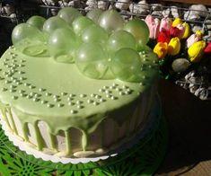 TORT URODZINOWY Z BAŃKAMI Z ŻELATYNY Cake Mascarpone, Angle Food Cake Recipes, 60th Birthday Cakes, Food Decoration, Food Cakes, Cream Cake, Food Art, Party Time, Cake Decorating
