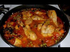 Ingredientes : 1 kilogramo de frijol negro 1 kilogramo de carne de cerdo ( puede ser costilla , lomo , pierna o espinazo ) agua necesaria 2 ramitas de epazot...