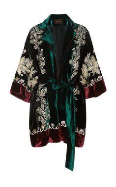 Casabela Velvet Pajama Robe by Biyan Fashion Art, Boho Fashion, Winter Fashion, Fashion Outfits, Hippie Style, My Style, Vintage Coat, Well Dressed Men, New Wardrobe