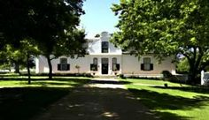 Wine tasting + picknick at Boschendal Wines in Stellenbosh, Cape Town