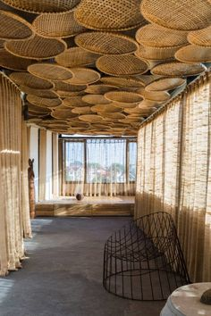 interior home design ideas Bamboo Architecture, Architecture Design, Bamboo House Design, Patio Design, Deco Cool, Restaurant Interior Design, Cafe Design, Bungalows, Ceiling Design