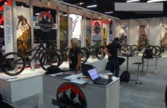 Rocky Mountain Bicycles – 20×30 Custom Trade Show Exhibit