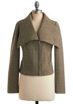 Buy Coats & Jackets on Sale at ModCloth. You'll find cardigans, coats, jackets, and more warm fall and winter outerwear on sale for all occasions! Winter Coats On Sale, Winter Coats Women, Coats For Women, Vintage Outfits, Vintage Fashion, Vintage Style, Retro Vintage, Sweater Sale, New Arrival Dress