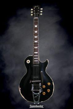 "Gibson Custom Les Paul Standard ""Made To Measure"" - Ebony, Heavy Aged… Unique Guitars, Custom Guitars, Vintage Guitars, Gibson Guitars, Fender Guitars, Bass Guitars, Guitar Shop, Cool Guitar, Gibson Les Paul"