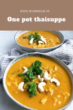 One pot thaisuppe med kylling og nudler - kun 6 ingredienser Asian Recipes, Gourmet Recipes, Healthy Recipes, Ethnic Recipes, Maple Syrup Salmon, Frozen Salmon, Cooking Green Beans, Cook N, One Pot Pasta