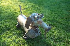 Doxie wiener dog garden art made from scrap metal. Ivy Rose, you need one of these! ☀CQ #recycle #upcycle #repurpose