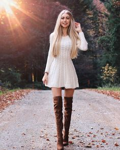 39 trendy coziest sweater dress outfit ideas for women 1 White Sweater Dress, Sweater Dress Outfit, Dress Outfits, Sweater Dresses, Rock Outfits, Party Outfits, Winter Fashion Outfits, Look Fashion, Autumn Winter Fashion