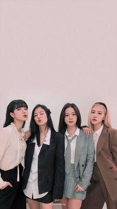 K Pop, Kpop Girl Groups, Korean Girl Groups, Kpop Girls, Black Pink Songs, Black Pink Kpop, Kim Jennie, Lisa Park, Foto Rose
