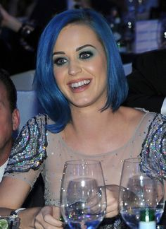 Katy Perry Mid-Length Bob
