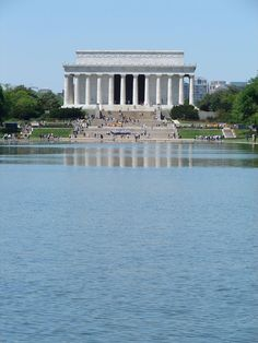 There is so much to see and do in Washington, DC that you can't see it all in just one visit. A well-rounded trip should include exploring the National Mall and some other activities too! Here are some tips to help you get around the popular attractions and some suggestions of fun and more relaxing things to do in the region.