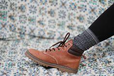 Vintage 1990s Candies tan boots / ankle by elizamoonbeamvintage