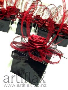 Artiflax - the store - Red and Black flax flower centrepieces Art Floral, Floral Design, Flower Arrangements Simple, Flower Centrepieces, Red And Black Table Decorations, Flax Weaving, Flax Flowers, Maori Designs, Flower Boutique