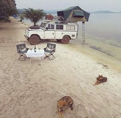 Land Rover Defender #beachlife