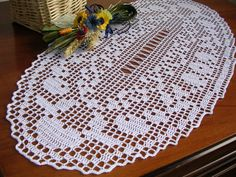 Crochet lace oval doily runner centerpiece white oval placemat