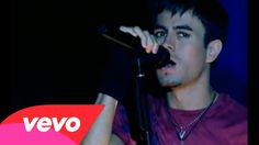 Enrique Iglesias - Don't Turn Off The Lights... <3 <3 Indeed..leave them on..I want to LIVE every movement <3 <3 !!