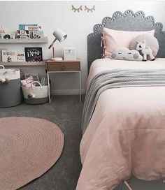 Pinks, grey and white styling adorability... loving the bed head detail.. Pic credit @the_stables_ #kidsinterior #kidsroom #kidsbedroom #childrensroom #childrensinteriors #kidsdecor #decor #kidsbedroominspiration #childrensbedroom #childrensspaces #girlsroom #girlsbedroom #interiorinspo #bedroom #interiors #roxyoxycreations