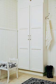 Diy: Armario zapatero para ocultar el cuadro de la luz : x4duros.com