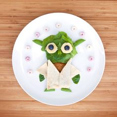 The force is strong with this snack.  #MayTheFourth #StarWars #FoodArt…