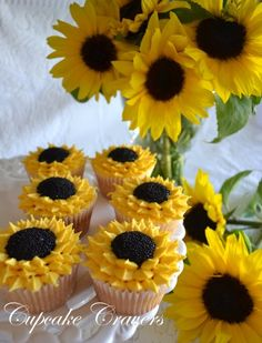 36 New Ideas Cupcakes Recipes Wedding Sweets Sunflower Cupcakes, Sunflower Party, Sunflower Baby Showers, Fun Cupcakes, Cupcake Cookies, Sunflower Birthday Parties, Wedding Sweets, Wedding Cake, Cupcake Recipes