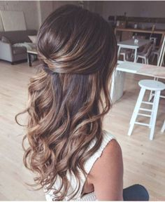 long hair goals - loose curls - loose waves- THM Hair Extensions lange haare ziele - lose locken - l Wedding Hairstyles For Long Hair, Wedding Hair And Makeup, Hair Makeup, Gorgeous Hairstyles, Bridesmaid Hairstyles Half Up Half Down, Wedding Hair Brunette, Half Up Half Down Hairstyles, Wedding Hair Styles, Bridesmaid Hair Half Up Long
