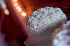A close up of a wedding cake made by Buehler's Medina River Styx's bakery. Photo by BOKO Photo Medina River, Bakery Cakes, Custom Cakes, How To Make Cake, Cake Ideas, Cake Decorating, Wedding Cakes, Food, Personalized Cakes