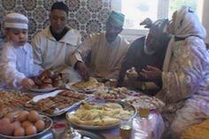 Muslimien paastokuukausi Ramadan on tärkeä osa islaminuskoisten elämää. Miten muslimit Suomessa viettävät paastoa, kun muu yhteiskunta ei osallistu siihen?