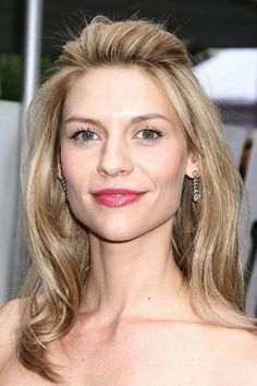 Claire Danes half up half down hairstyle