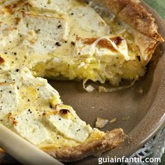 Ricotta and Leek Quiche - yum! I hate prep work--so probably won't do this because of leeks Leek Quiche, Leek Pie, Cheese Quiche, Gruyere Cheese, Quiche Recipes, Cheese Recipes, Veggie Recipes, Cooking Recipes, Cheese Flan Recipe