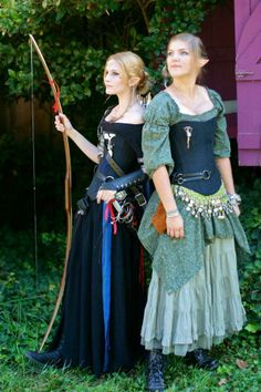 Elf Chicks by *Reine-Haru on deviantART I like the look of the corsets Elf Cosplay, Elf Costume, Cool Costumes, Costumes For Women, Costume Ideas, Renaissance Festival Costumes, Renaissance Clothing, Renaissance Time, Renaissance Fashion