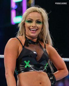 Wwe Female Wrestlers, Wrestling Divas, Wwe Womens, The Championship, Bad Girl Aesthetic, Wwe Divas, Wwe Superstars, Call Her, Most Beautiful Women