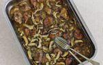Hagymás csirkemáj paprikásan recept aranytepsi konyhájából - Receptneked.hu Beef, Food, Meat, Essen, Meals, Yemek, Eten, Steak