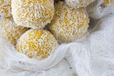 Mango and turmeric energy balls Energy Balls, Balls Recipe, Afternoon Snacks, Turmeric, Food Processor Recipes, Oatmeal, Coconut, Desserts, Mango