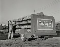 Shorpy Historic Picture Archive :: Good for Life: 1942 high-resolution photo