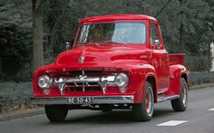 1954 Ford F-100 Stepside Pick-Up Truck 3.9L V8 OHV 132bhp Engine (This Colour Selective Image by Clay)