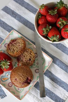 Cinnamon Strawberry Muffins