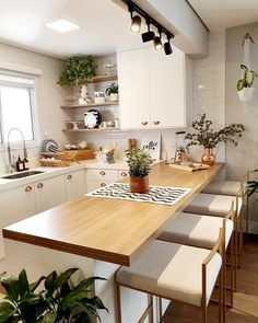 Great kitchen option with open environment! Kitchen Room Design, Kitchen Sets, Modern Kitchen Design, Home Decor Kitchen, Interior Design Kitchen, Home Kitchens, Room Kitchen, Home Decor Furniture, Kitchen Furniture