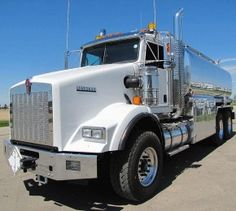 Built in 2011, Kenworth T800 is a heavy duty truck. This heavy duty machine has been used for few months only. The condition of the exterior, cab and the mechanical components is very good. The truck exhibits durability, reliability and performance. This vehicle appears to be unused. This truck is a tanker carrier.