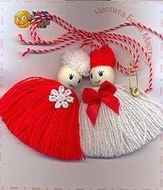 Best 12 Tina's handicraft : 9 designs gadgets Doll Crafts, Yarn Crafts, Christmas Jewelry, Christmas Crafts, Diy Baby Socks, Polymer Clay Embroidery, Yarn Dolls, Diy Arts And Crafts, Wool Yarn