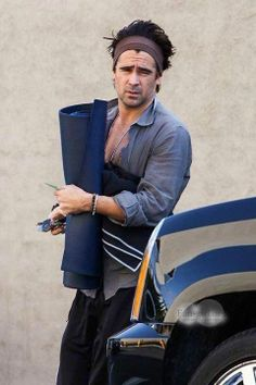 Colin Farrell getting ready for #yoga