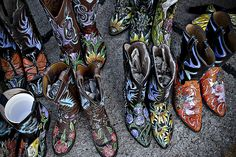 Oh I so want a pair of these...Painted Boots