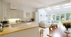 open plan kitchen diner living room country style - Good idea for an extension Open Plan Kitchen Dining Living, Living Room And Kitchen Design, Open Plan Kitchen Diner, Kitchen Family Rooms, New Kitchen, Living Room Designs, Kitchen Ideas, Kitchen Country, Open Plan Living