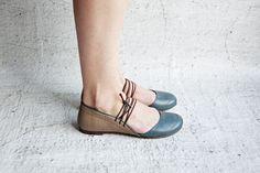 FLORIAN - Petrol - FREE SHIPPING Handmade Leather Shoes with Summer Sale Price de Keymandesign en Etsy https://www.etsy.com/es/listing/230021034/florian-petrol-free-shipping-handmade