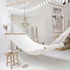 need an indoor hammock. I need an indoor hammock. Saiba como você pode incluir redes na decoração da sua casa 15 Cool Seashell Curtain Ideas Sweet Home, Home And Deco, Interior Exterior, Room Interior, Interior Shop, Design Case, My New Room, Home Fashion, My Dream Home