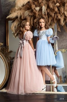 Wedding Dresses For Kids, Wedding Party Dresses, Kerala Saree Blouse Designs, Tulle Skirt Dress, Mother Daughter Fashion, Kids Fashion Photography, Girl Costumes, Children Costumes, Party Fashion