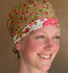 The coolest scrub caps EVER ! Made from designer… Diy Projects To Try, Sewing Projects, Apron Patterns, Diy Fashion Accessories, Style Matters, Surgical Caps, Scrub Caps, Girl Stuff, Refashion
