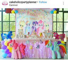 My Little Pony Birthday Party Dessert Table and Decor Cumple My Little Pony, My Little Pony Baby, My Little Pony Birthday Party, Birthday Party Tables, Unicorn Birthday Parties, Birthday Party Decorations, 5th Birthday, My Little Pony Decorations, Rainbow Dash Party